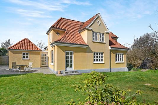 Villa på Hasserisvej i Aalborg - Ejendommen