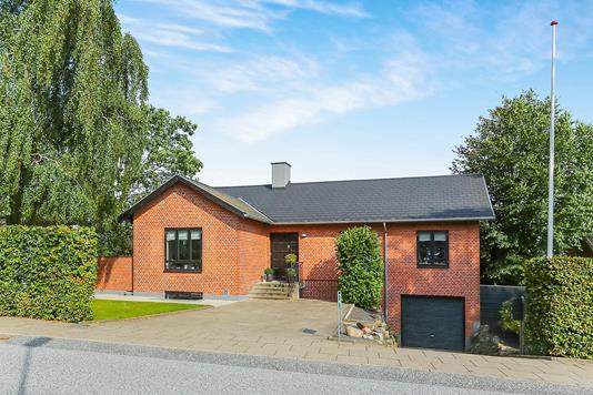 Villa på Strøybergsvej i Aalborg - Ejendommen