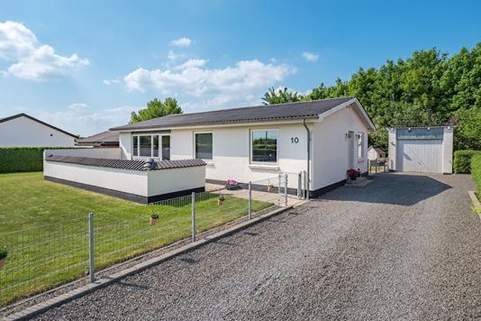 Villa på Elmevej i Løsning - Andet
