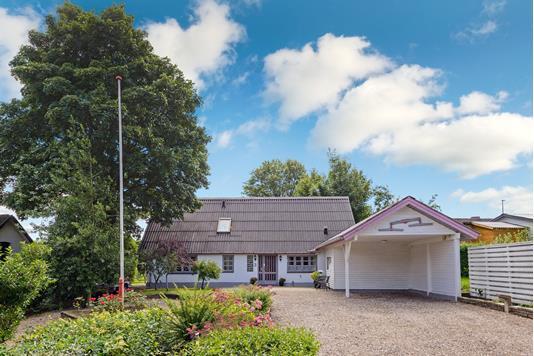 Villa på Genvej i Løsning - Andet
