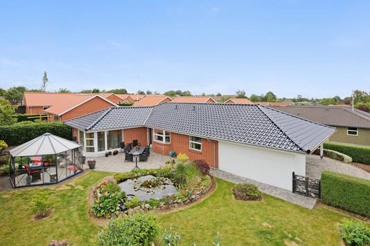 Villa på Tonrå i Gedved - Set fra haven