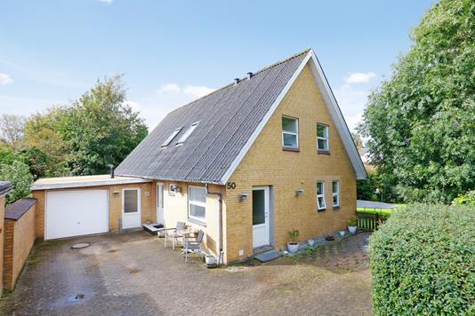 Villa på Vibeholmsalle i Horsens - Ejendommen