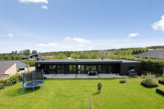 Villa på Kirsebærhegnet i Horsens - Mastefoto
