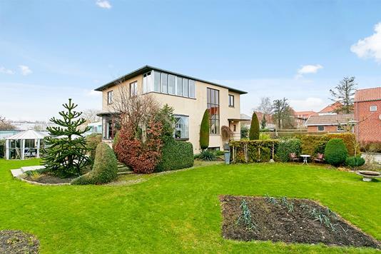 Villa på Lindealle i Horsens - Ejendommen