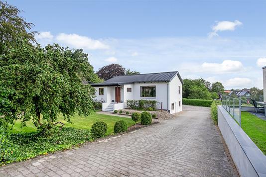 Villa på Ørnstrupvej i Horsens - Ejendommen
