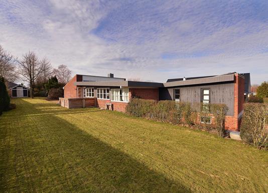 Villa på Hasseltoften i Hasselager - Ejendommen