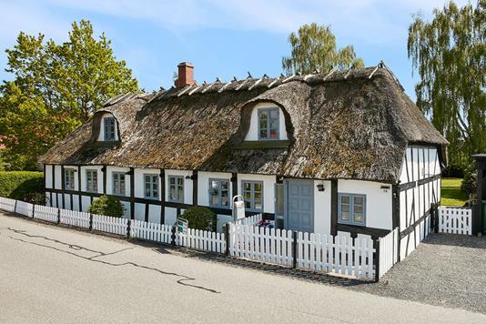 Villa på Glud Kirkevej i Juelsminde - Ejendommen