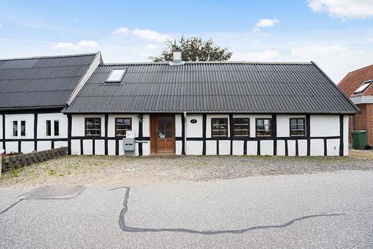 Rækkehus på Glud Kirkevej i Juelsminde - Ejendommen