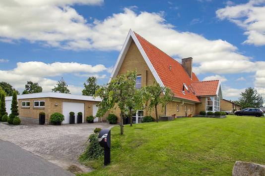 Villa på Rugvænget i Juelsminde - Ejendommen