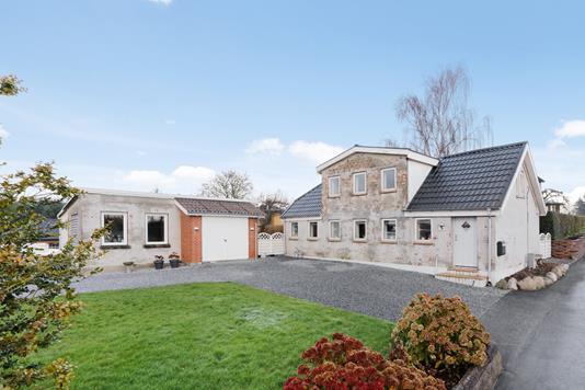 Villa på Vævergade i Barrit - Ejendommen