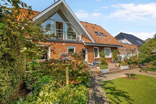 Villa på Frederiks Alle i Rønde - Ejendom 1