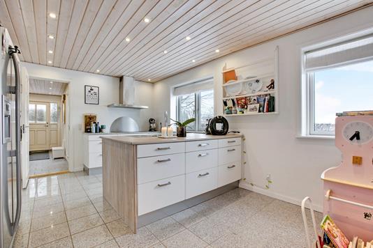 Villa på Tjørnevænget i Rønde - Køkken