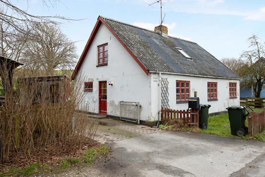Villa på Ebeltoftvej i Mørke - Ejendom 1