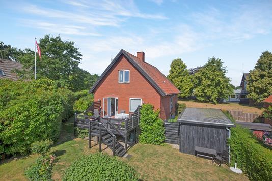 Villa på Kløvervangen i Rønde - Ejendom 1