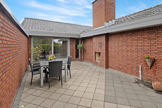 Villa på Havrevænget i Rønde - Terrasse