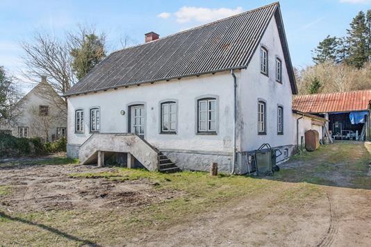 Villa på Ebeltoftvej i Rønde - Ejendom 1