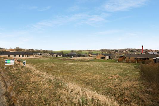Helårsgrund på Ladegårdsparken i Rønde - Ejendom 1