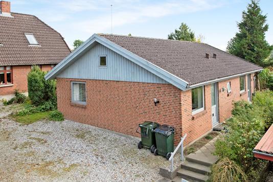 Villa på Parcelvej i Rønde - Ejendommen