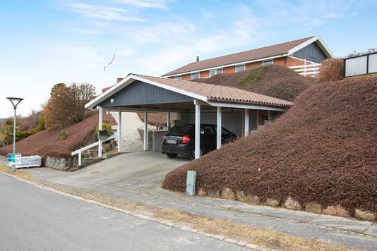 Villa på Nygårdsvænget i Rønde - Carport