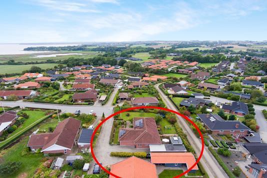 Villa på Lillerupvej i Rønde - Luftfoto