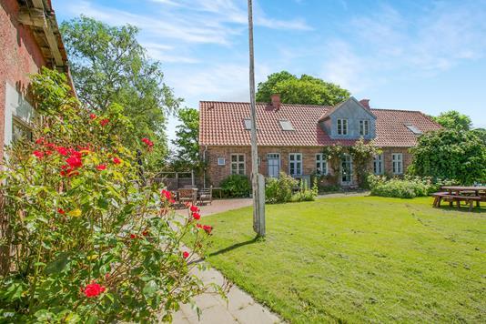 Villa på Kærtoften i Rønde - Ejendommen