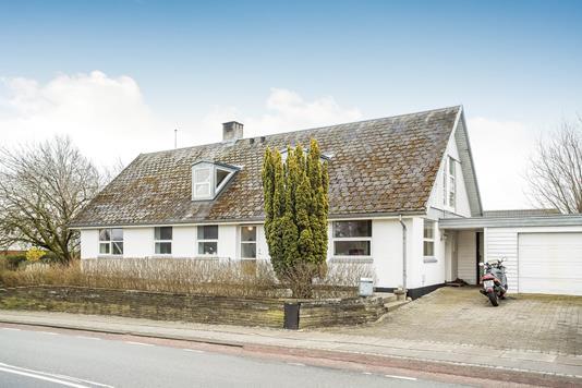 Villa på Postvej i Hinnerup - Ejendommen