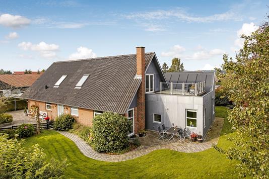 Villa på Rønvangen i Hinnerup - Mastefoto