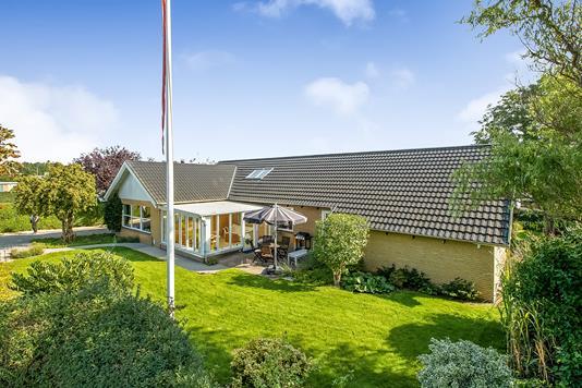 Villa på Fusagervej i Hinnerup - Ejendommen