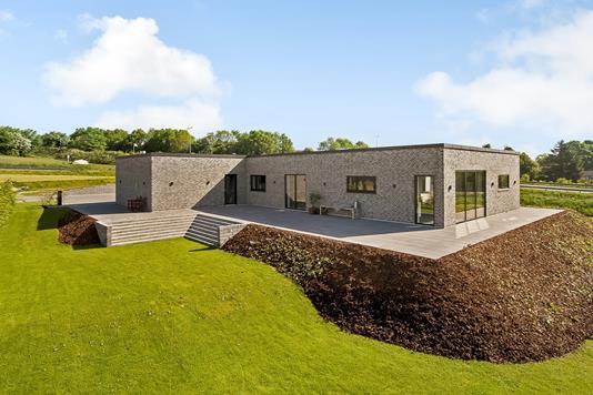 Villa på Skovstien i Hinnerup - Ejendommen