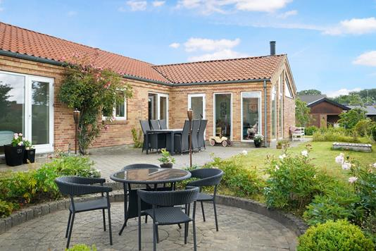 Villa på Birkhøjen i Hinnerup - Ejendom 1