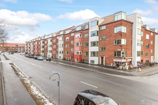 Ejerlejlighed på Langelandsgade i Aarhus N - Ejendommen