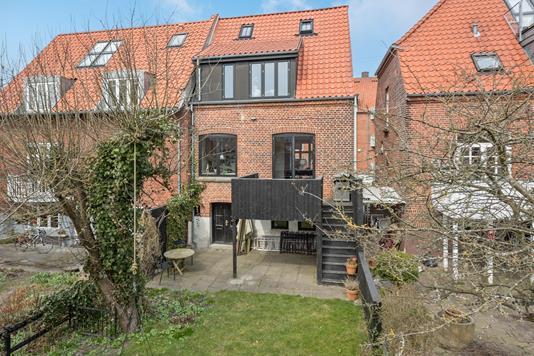 Villa på Oslogade i Aarhus N - Ejendommen