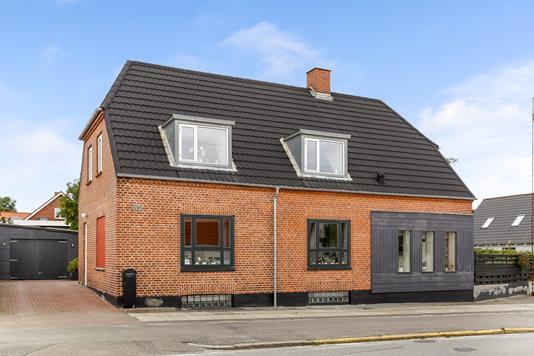 Villa på Brendstrupvej i Aarhus N - Ejendommen