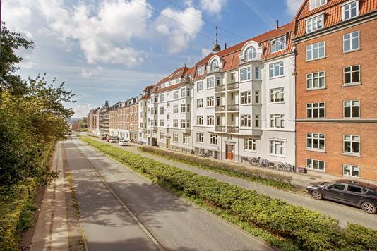 Ejerlejlighed på Dronning Margrethes Vej i Aarhus N - Ejendommen