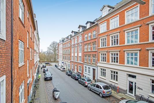 Ejerlejlighed på Niels Juels Gade i Aarhus N - Ejendommen