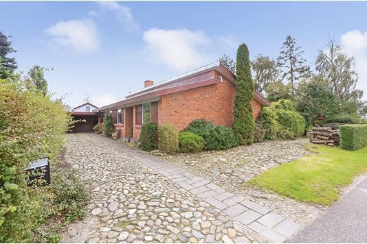 Villa på Østerlide i Bryrup - Ejendommen