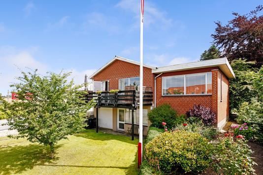 Villa på Møllegade i Brædstrup - Ejendommen
