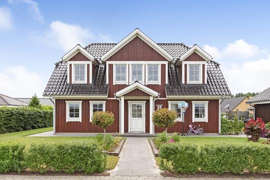 Villa på Sorgenfri i Brædstrup - Ejendommen