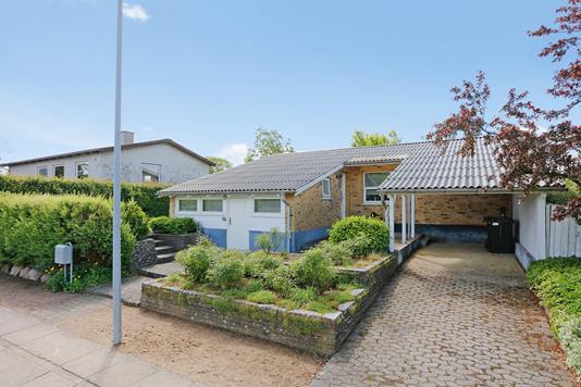 Villa på Søndermarksvej i Brædstrup - Ejendommen