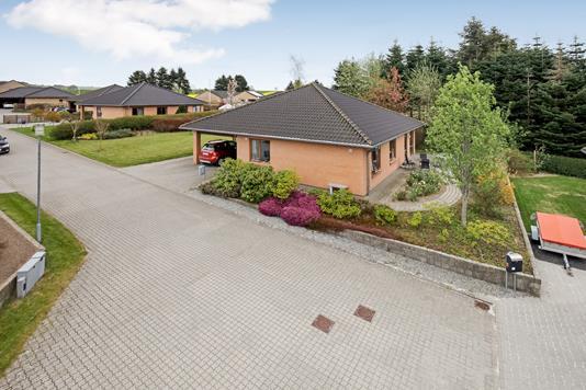 Villa på Raagaardsvænget i Østbirk - Mastefoto
