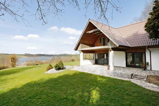 Villa på Ring Bakke i Brædstrup - Ejendommen