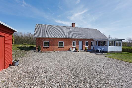 Villa på Åvej i Brædstrup - Ejendommen