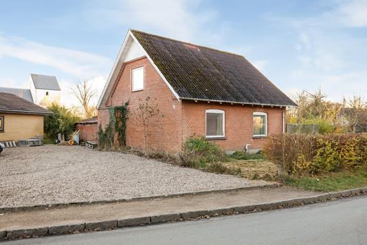 Villa på Tønningvej i Brædstrup - Ejendommen