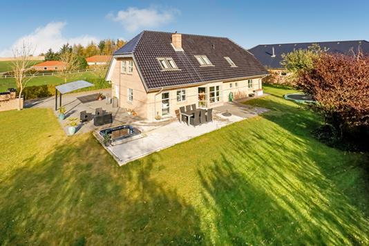 Villa på Nørregade i Brædstrup - Mastefoto