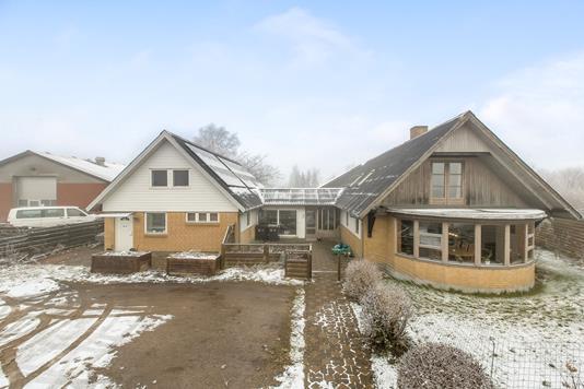 Villa på Vestervangen i Brædstrup - Ejendommen