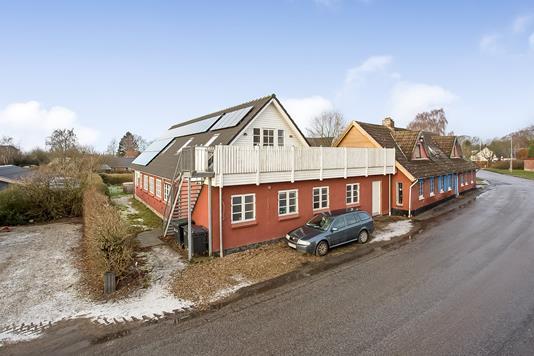 Villa på Hamborgvej i Brædstrup - Ejendommen