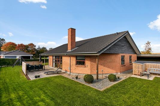 Villa på Clemens i Brædstrup - Ejendommen