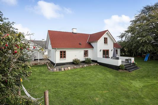 Villa på Bredmagevej i Brædstrup - Ejendommen
