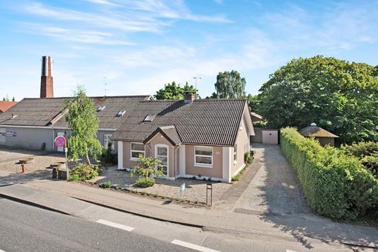 Villa på Østergade i Auning - Ejendom 1