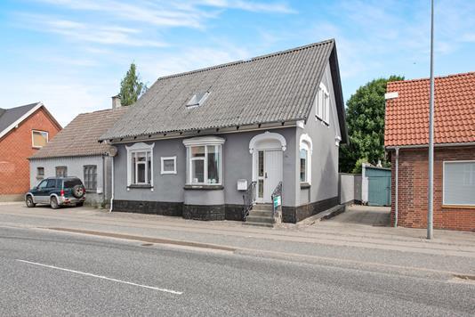 Villa på Vestergade i Auning - Ejendommen